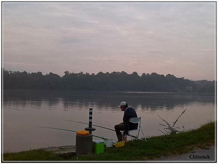 un pêcheur sur la Rance
